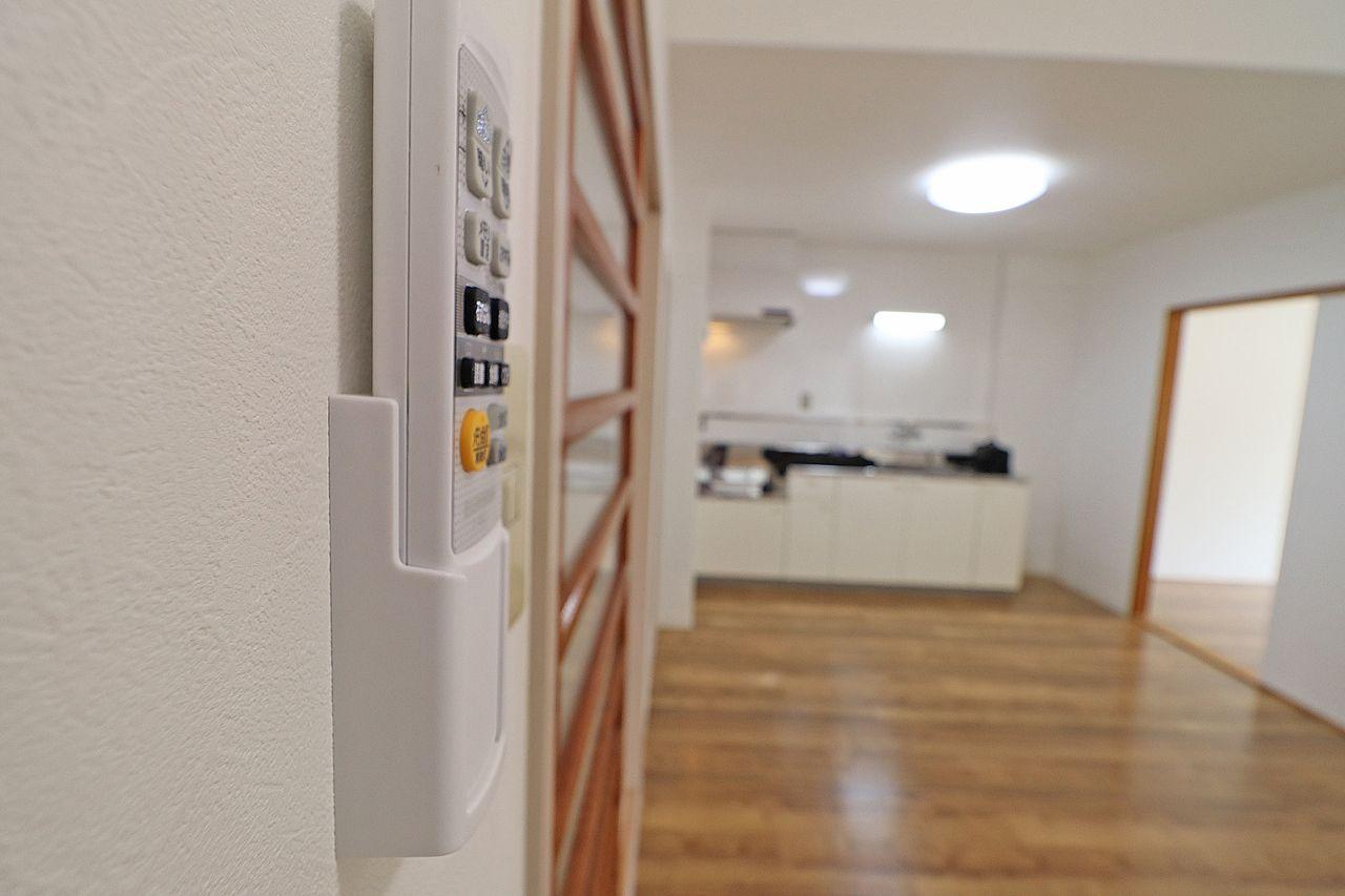 全居室に耐用年数の長いLEDシーリングライト付です。明るさ調節も容易に行えますよ。