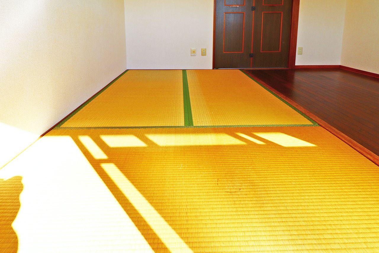 座ったりするのに和室が欲しい…。そんな貴方の笑顔が見たいので、このお部屋には3畳の和室があります!