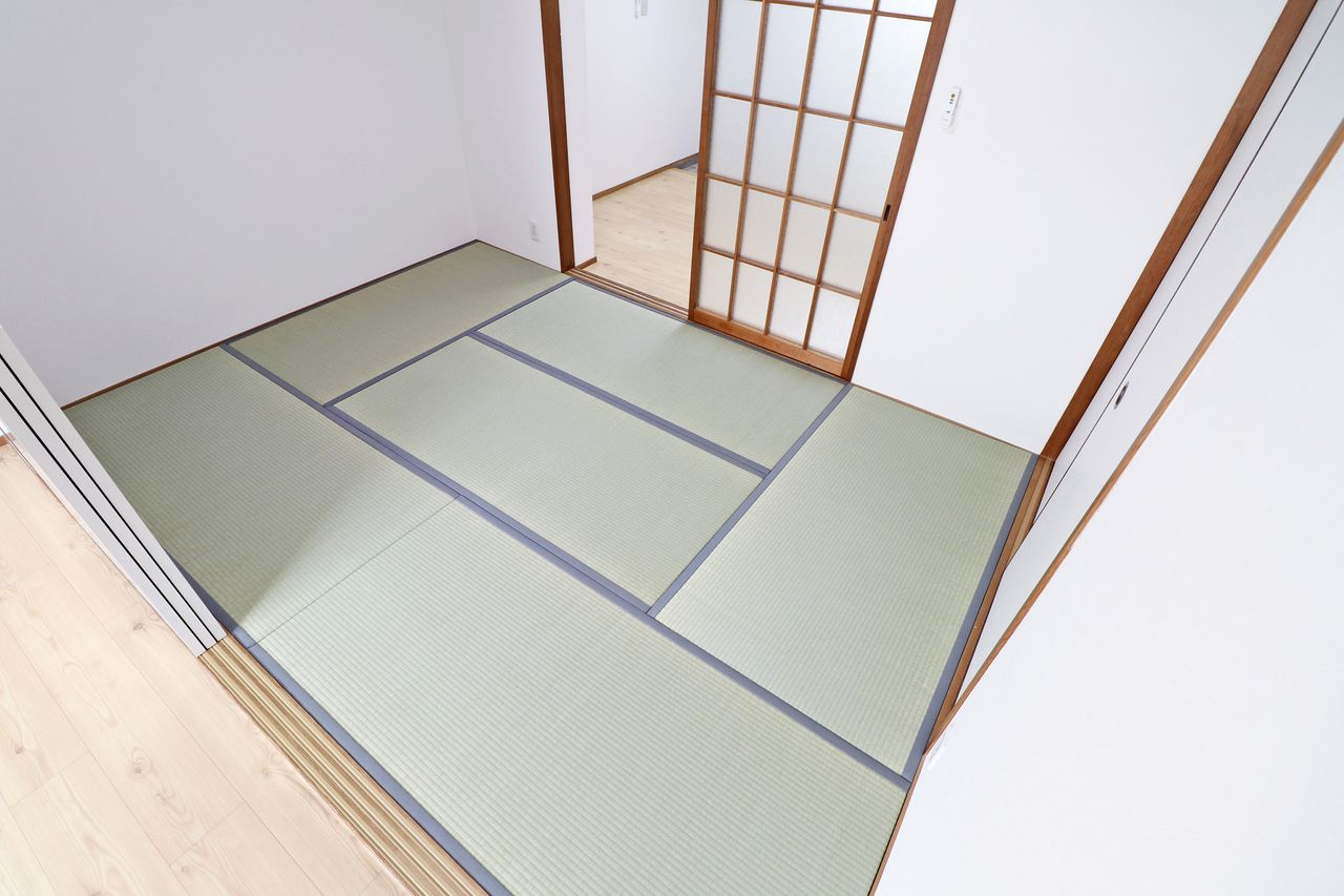 和室いらない?勿体ない!このふわふわ空間でゴロゴロする。洋室には無い柔らかい感じがオススメです。