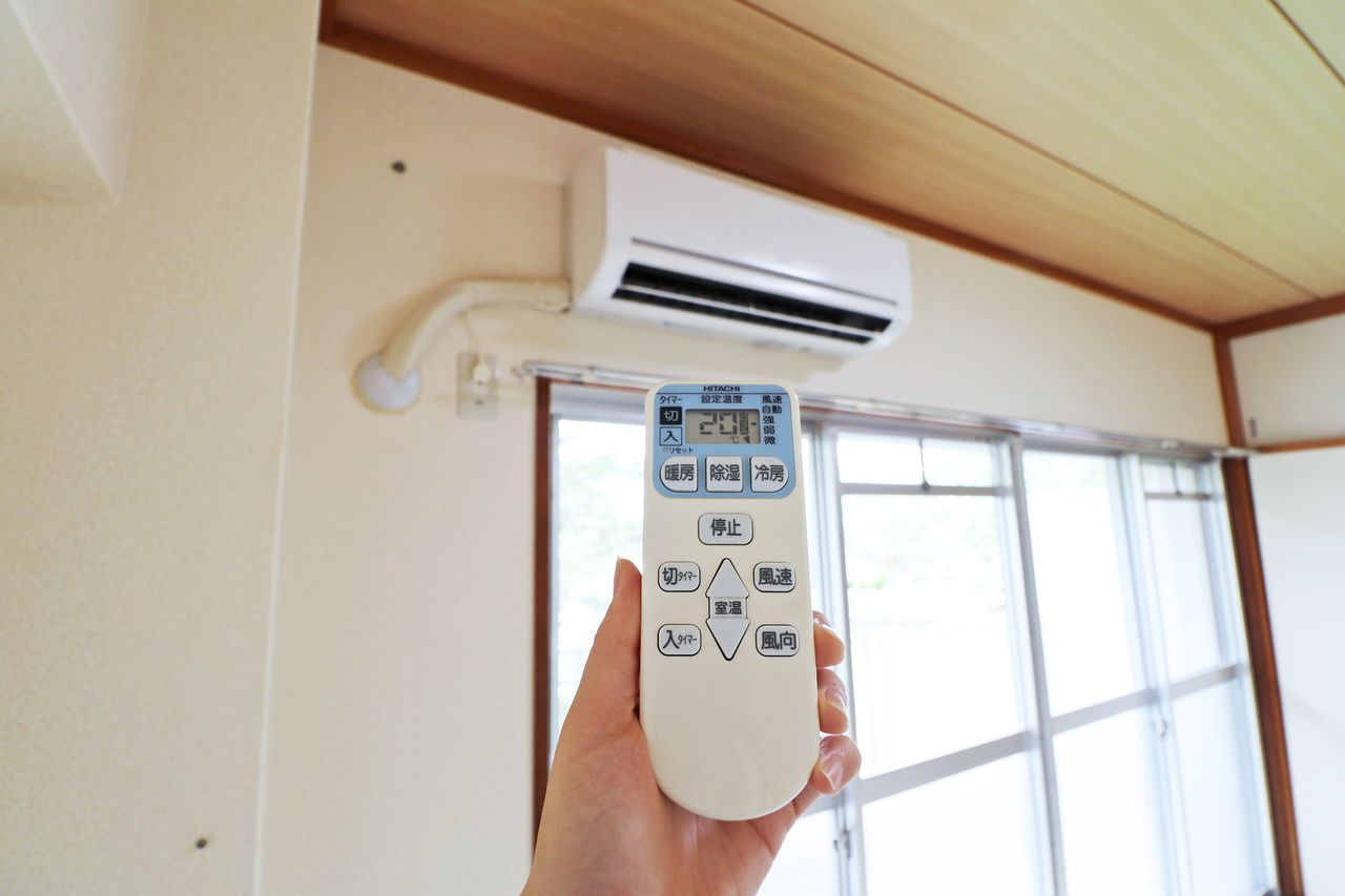設備としてエアコンが備わっています。夏の暑い日、冬の寒い日。頼もしいですね。