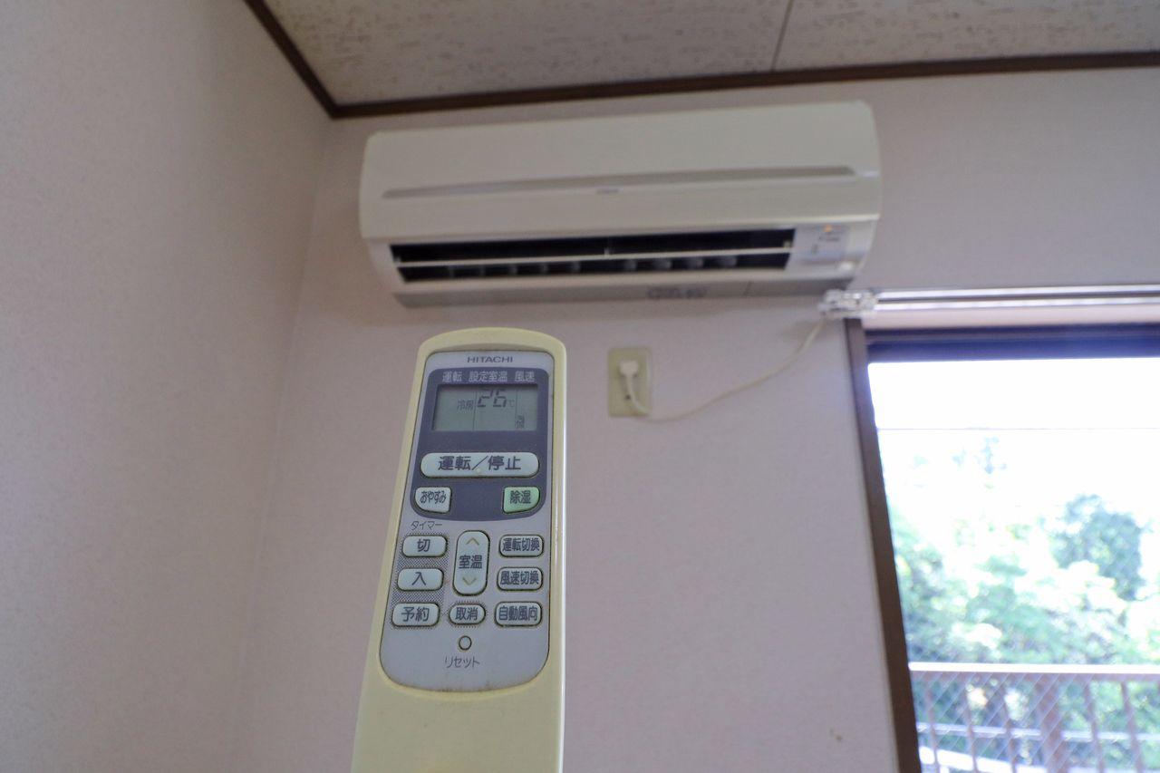 快適な生活には必須のエアコン。夏の暑い日、冬の寒い日、活躍間違い無しでしょう。