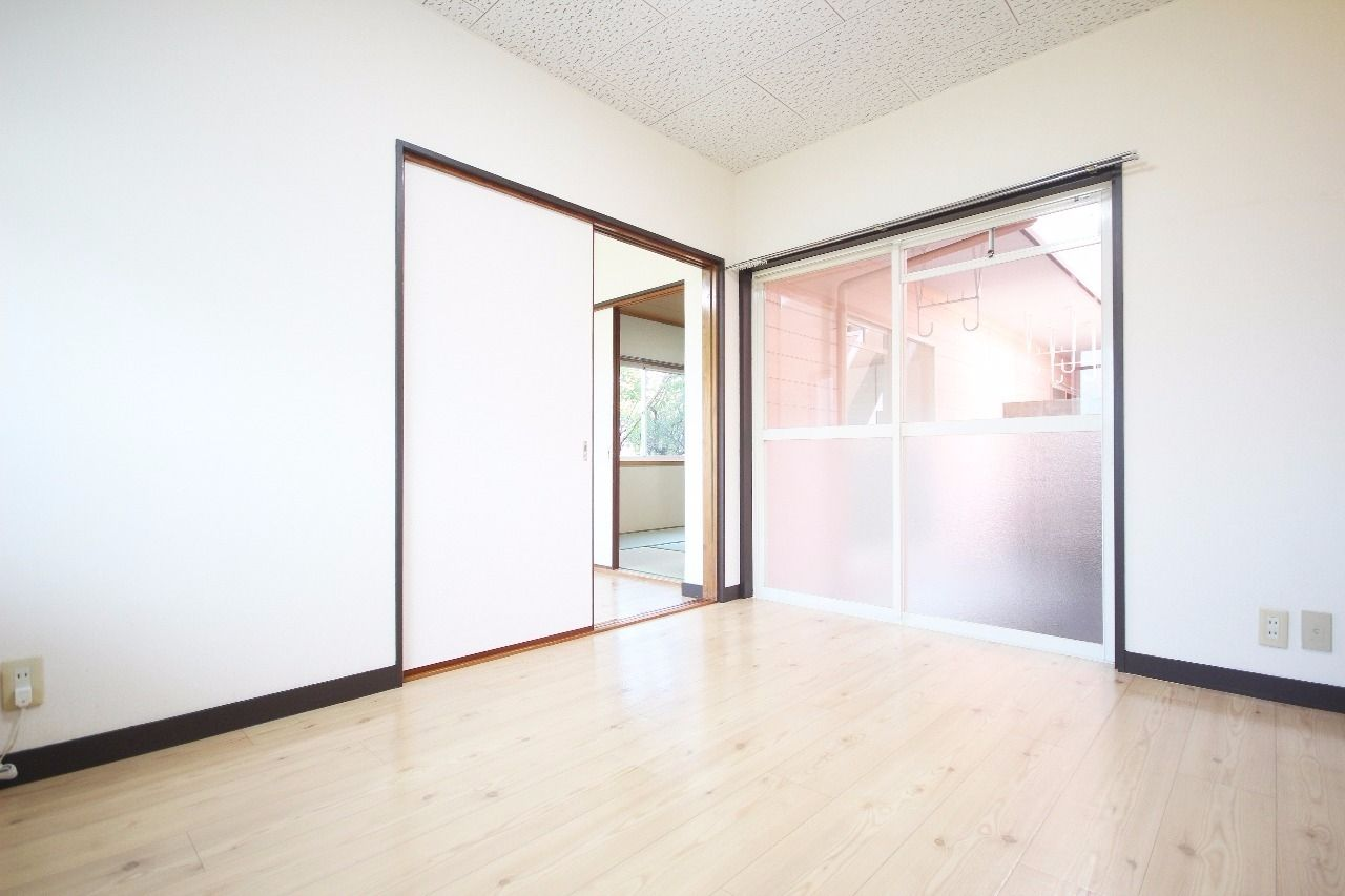ヤマモト地所の夕部 大輔がご紹介する賃貸アパートのサンライフ寿 1Cの内観の5枚目