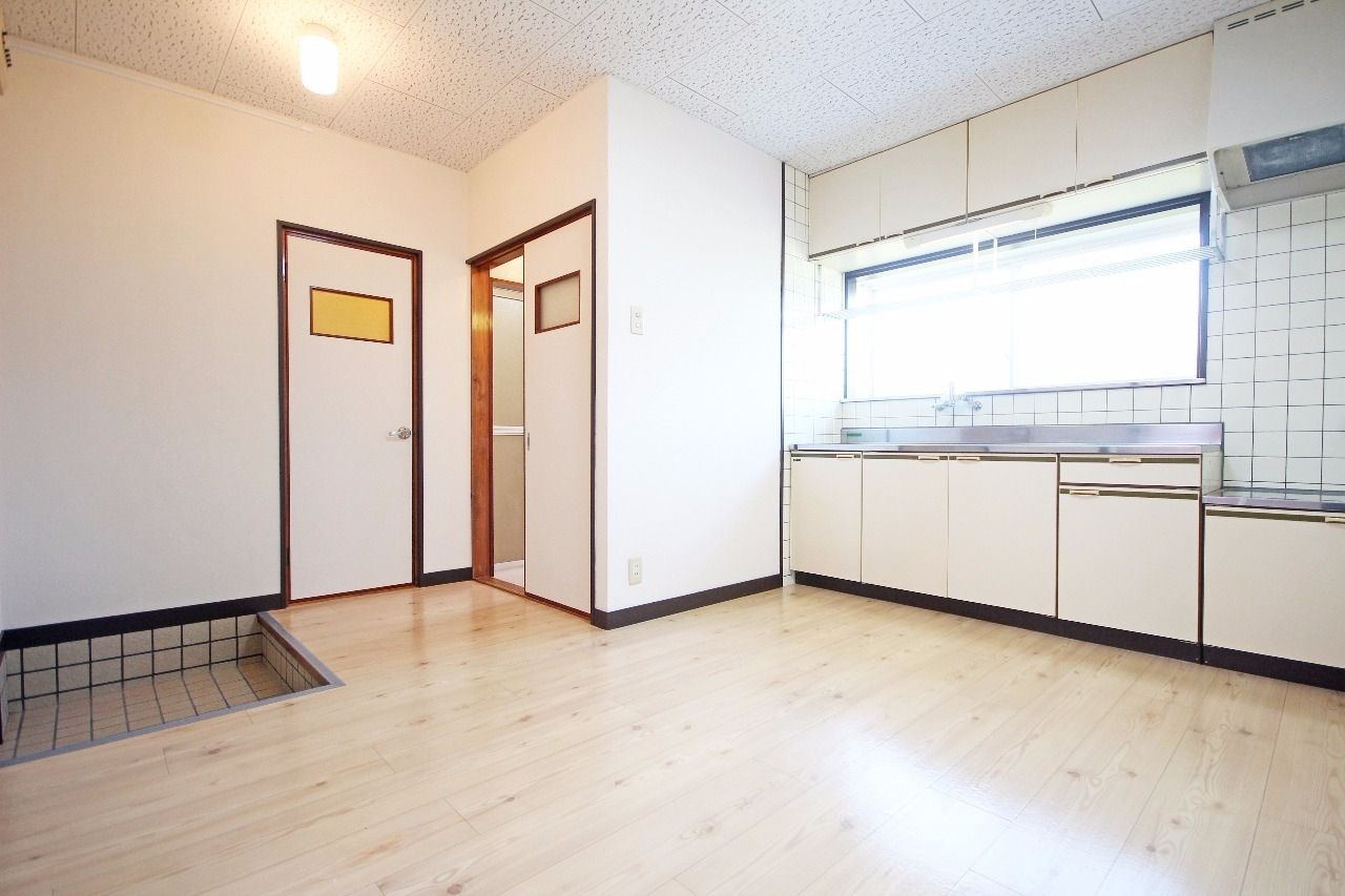 ヤマモト地所の夕部 大輔がご紹介する賃貸アパートのサンライフ寿 1Cの内観の3枚目