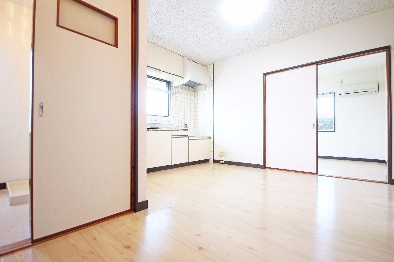 ヤマモト地所の夕部 大輔がご紹介する賃貸アパートのサンライフ寿 1Cの内観の2枚目