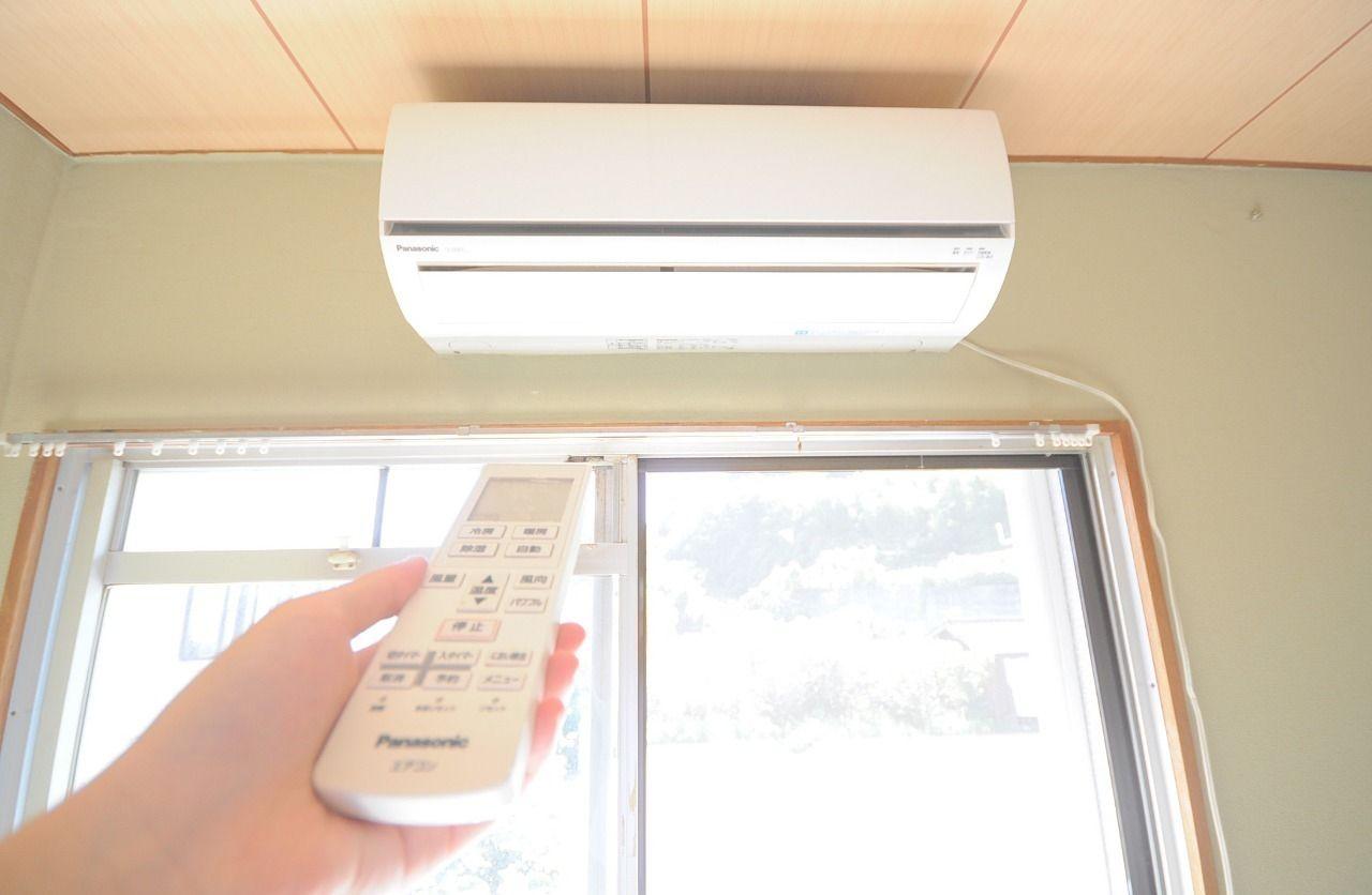 南側和室6畳にはエアコンが付いています。室内の空調管理もしっかり行えます。