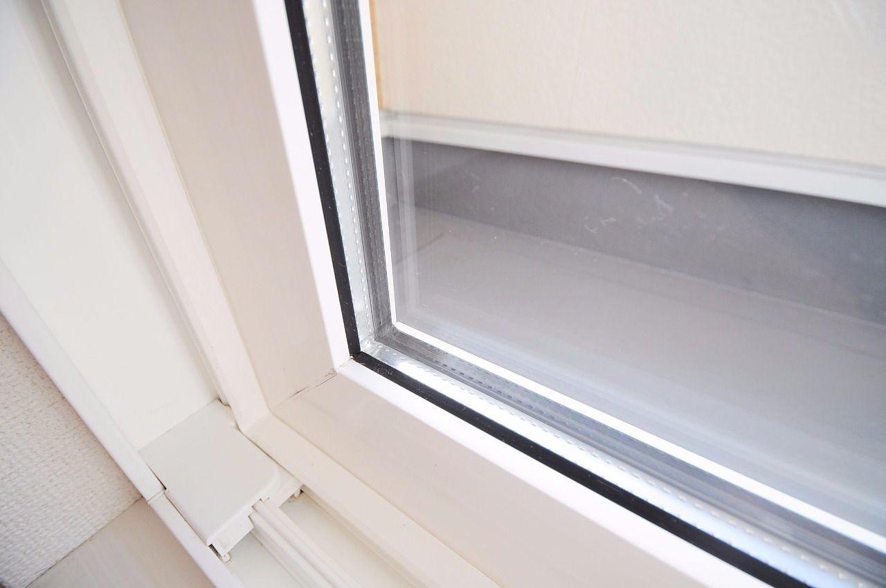断熱性能が高く、冷房・暖房使用時に効果を発揮します。防音効果もあるそうです(^ν^)