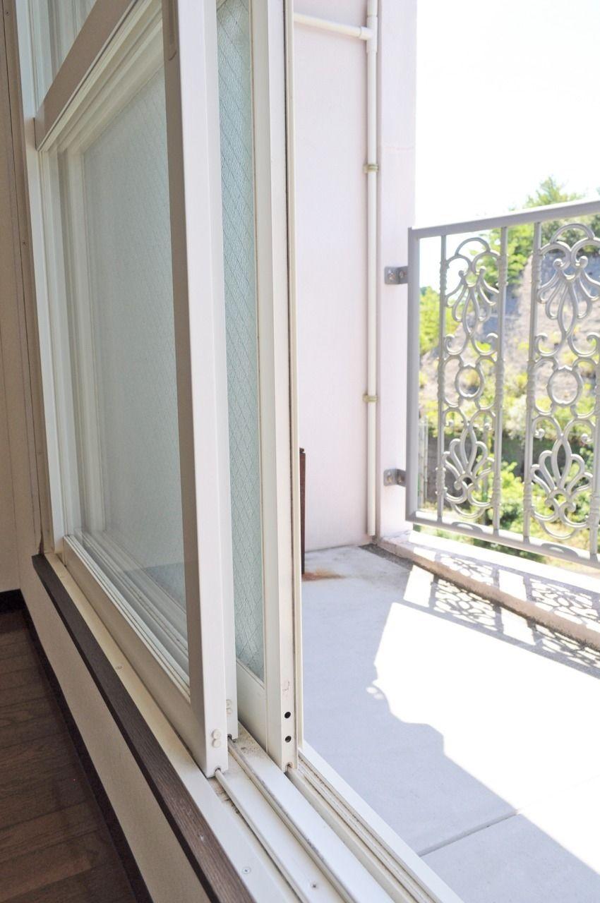 夏の暑さ、冬の寒さがきても室内に温度が伝わりづらいので、エアコンの効率が良くなります。