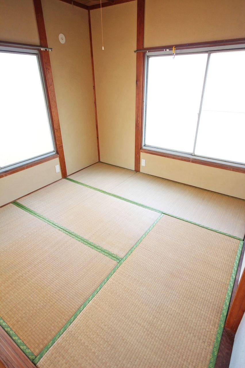やっぱり畳がいい!畳の柔らかさ・匂いがやはり欲しいと言う人が最近増えた気がします。