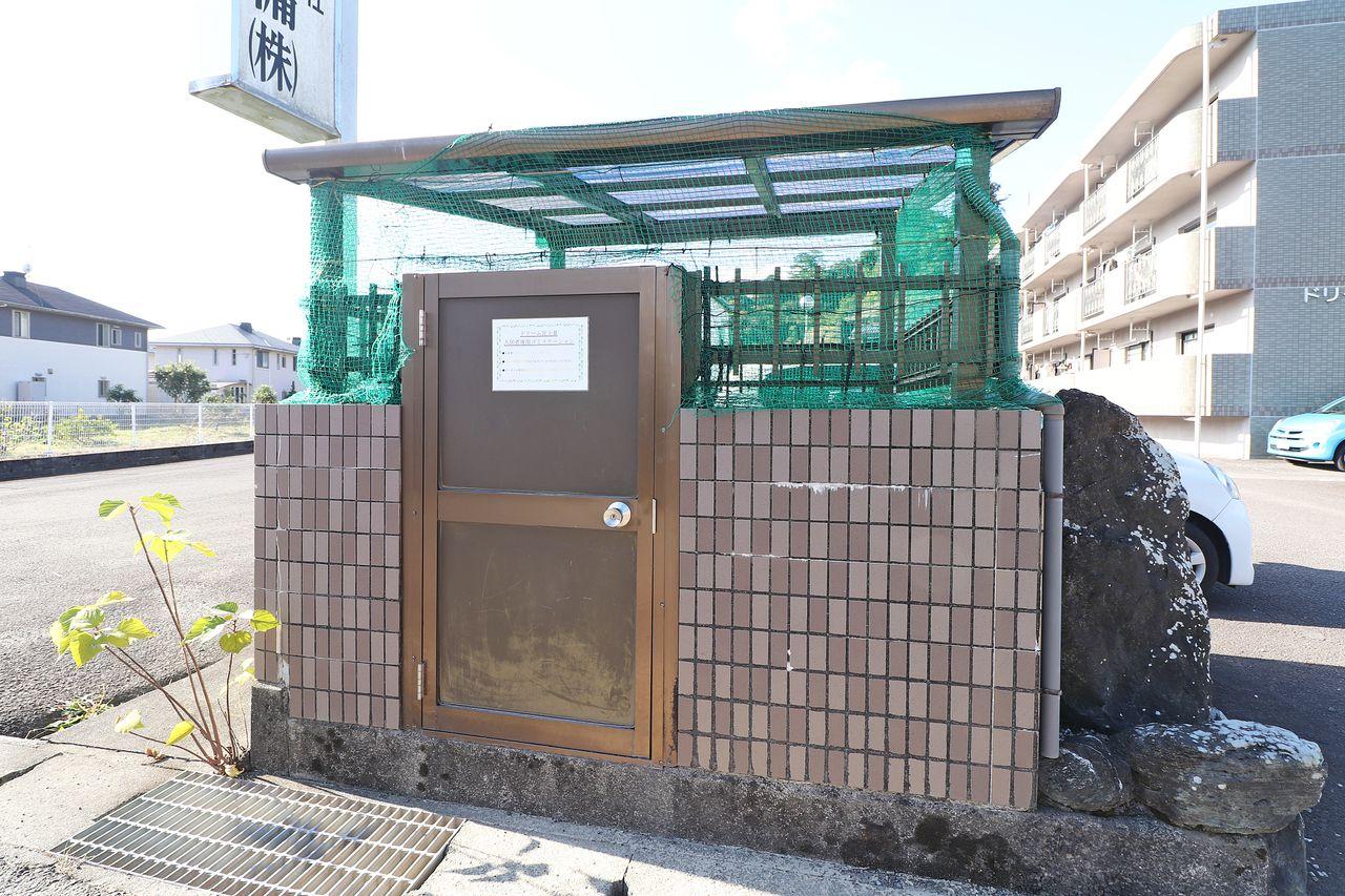 カラスなどに荒らされる心配はご無用!24時間ゴミ出し可能なゴミステーションが敷地内に設置されています。