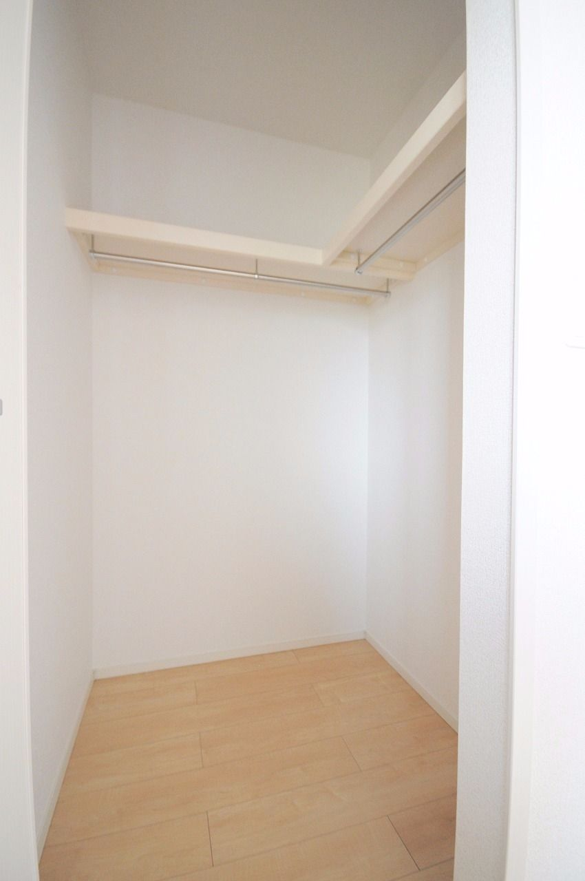 北側・南側各洋室にウォークインクローゼットがあります。収納スペースが多めがいい!という人にはオススメです。