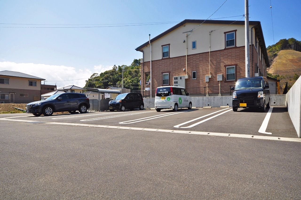 2台分の縦列駐車場です。