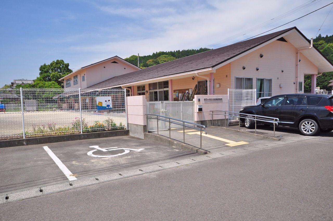 広い園庭のある古津賀保育所まで徒歩約6分(約450m)
