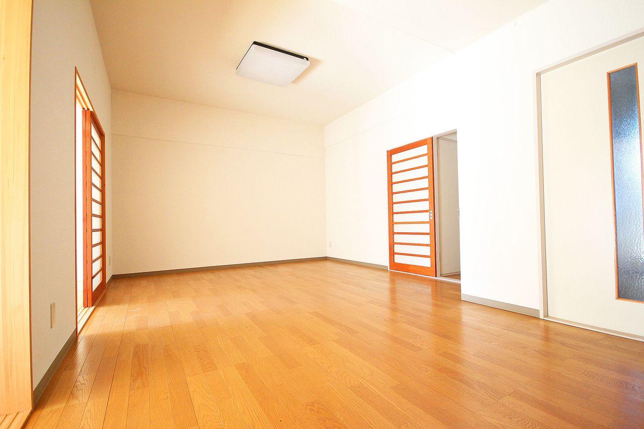 13畳のゆとりのあるLDKは、家具のレイアウトを楽しめそうですね。