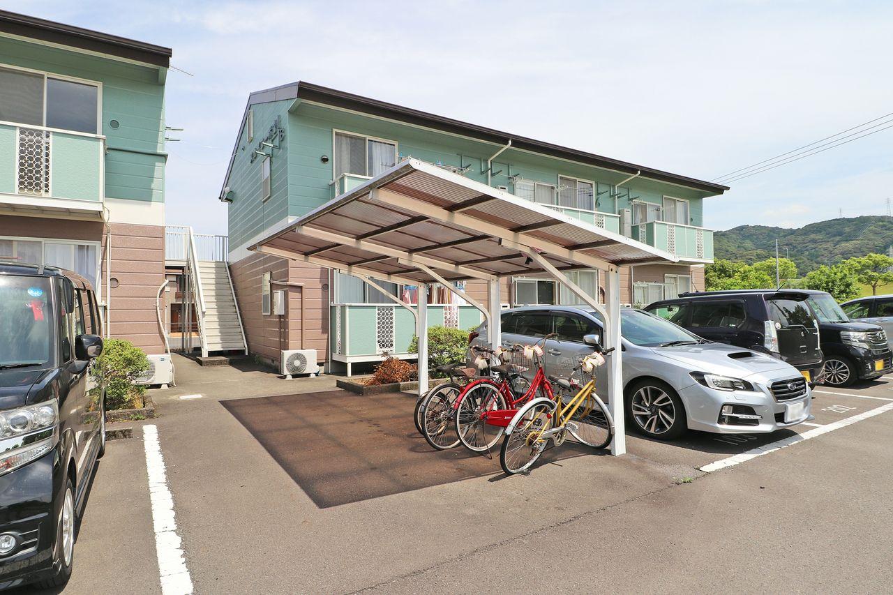 近場へ行くときなどに便利な自転車。雨などによるサビから守ってくれます。