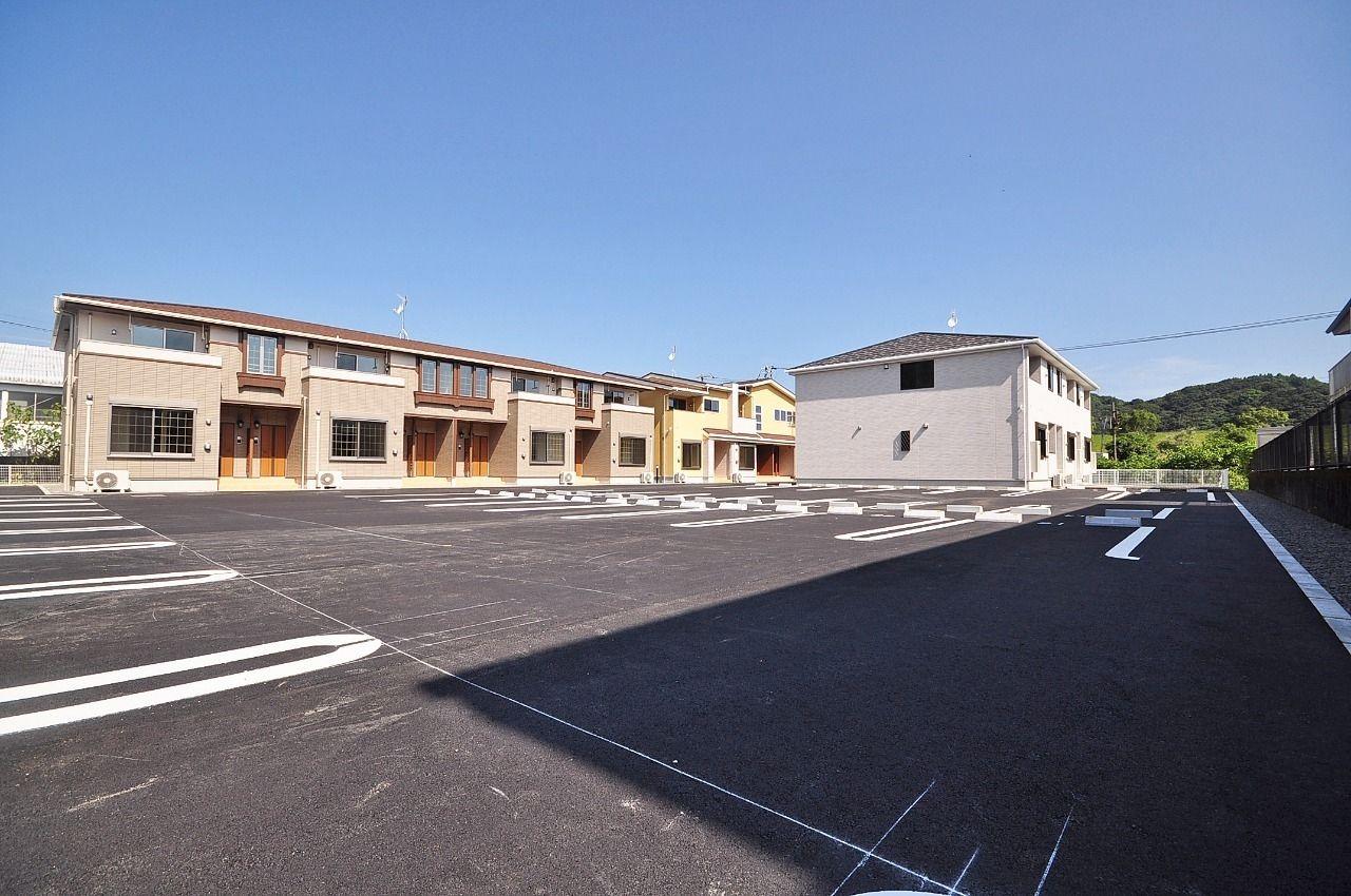 ヤマモト地所の夕部 大輔がご紹介する賃貸アパートのカーサプラシードA 101の外観の3枚目