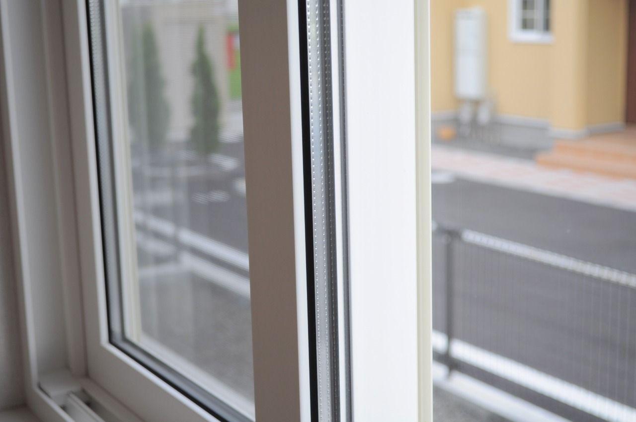 熱効率が良くなるペアガラスになっています。家計も大助かり!