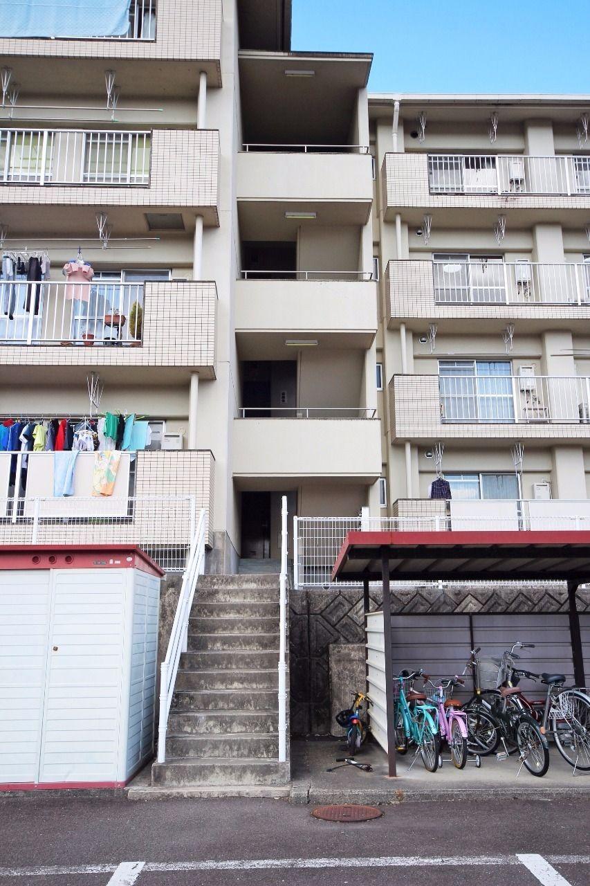 ヤマモト地所の山本 祐司がご紹介する賃貸マンションの夕陽ヶ丘ハイツ 303の外観の1枚目