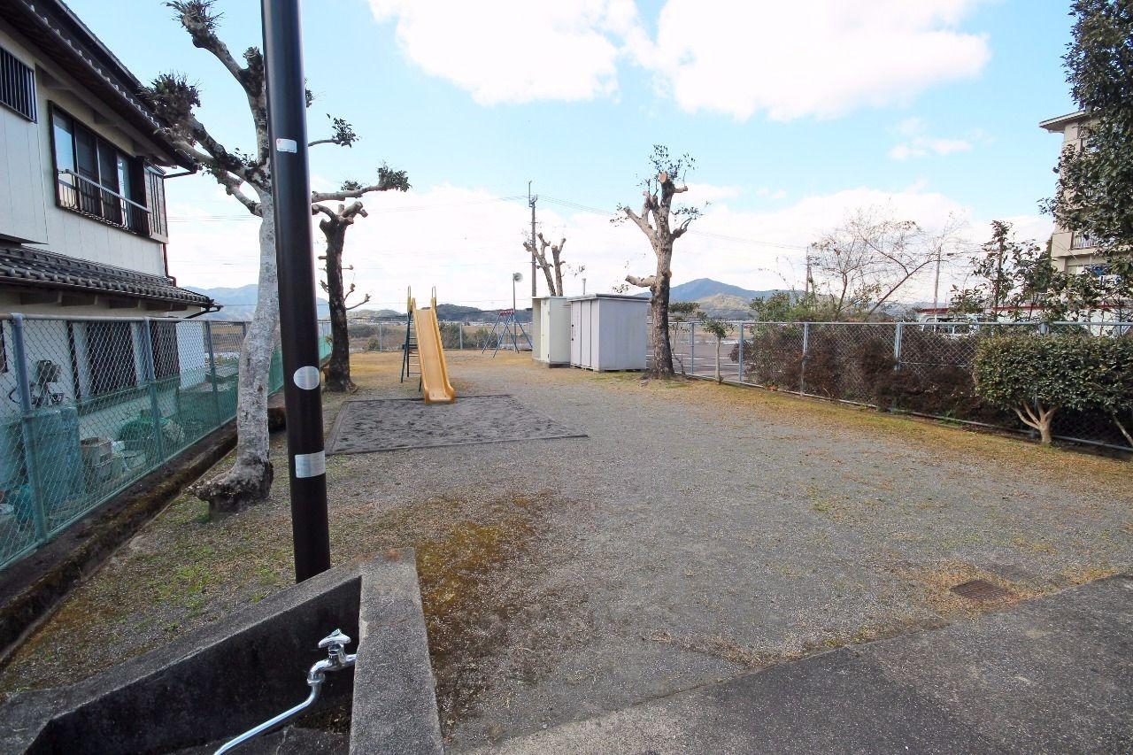 ヤマモト地所の山本 祐司がご紹介する賃貸マンションの夕陽ヶ丘ハイツ 303の外観の6枚目