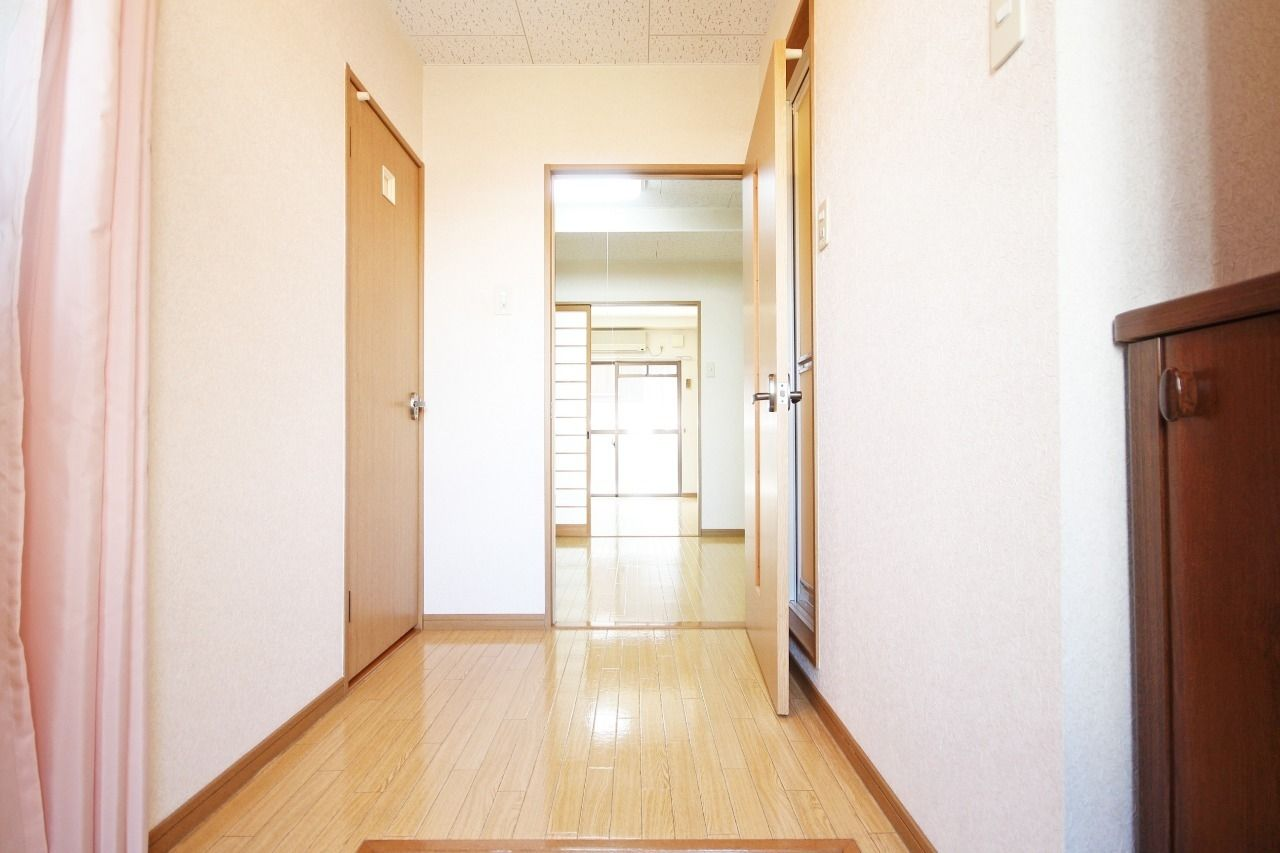 ヤマモト地所の那須 裕樹がご紹介する賃貸マンションのレジデンス・ドイ 203の内観の2枚目