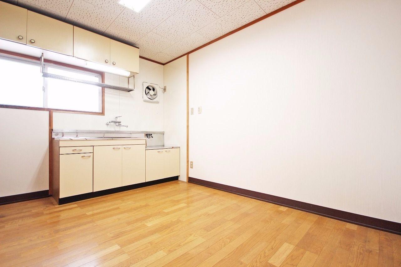 ヤマモト地所の夕部 大輔がご紹介する賃貸マンションの西南マンション 18の内観の2枚目