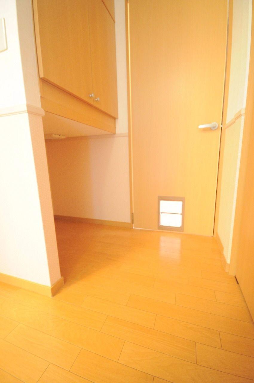 ヤマモト地所の夕部 大輔がご紹介する賃貸アパートのコーポファミール 202の内観の3枚目
