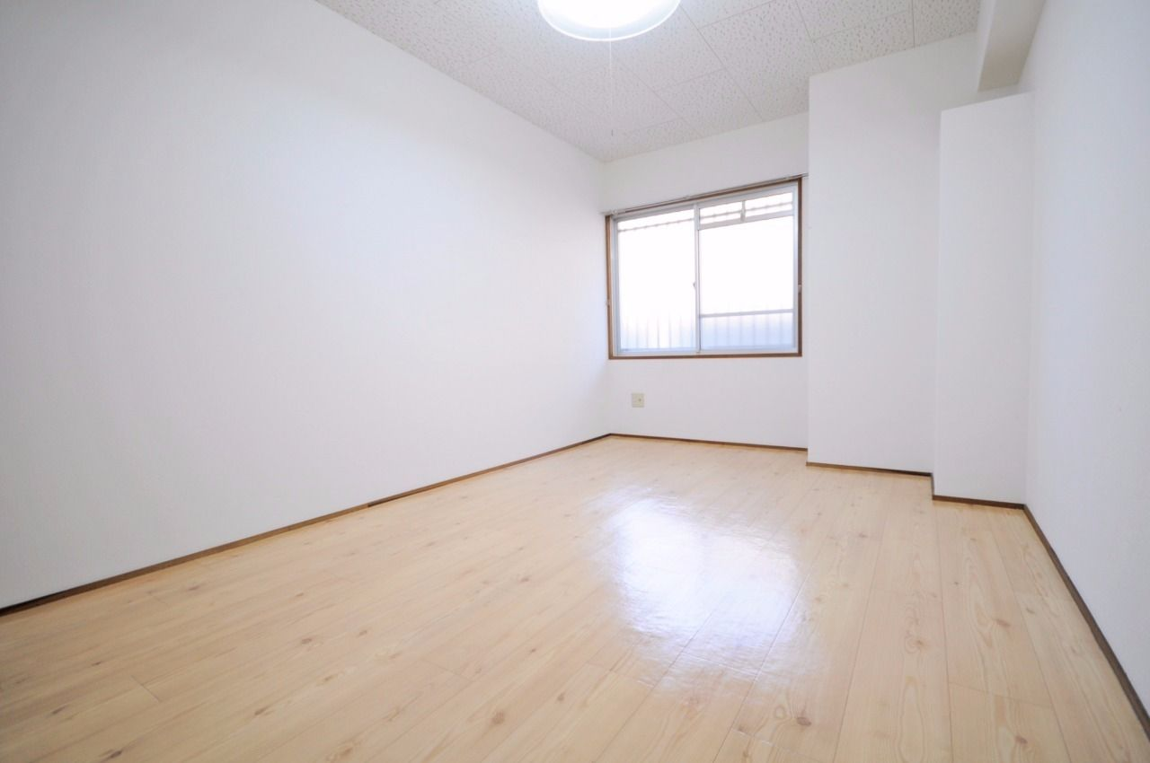 ヤマモト地所の西内 姫乃がご紹介する賃貸マンションのレジデンス今城3号館 302の内観の13枚目