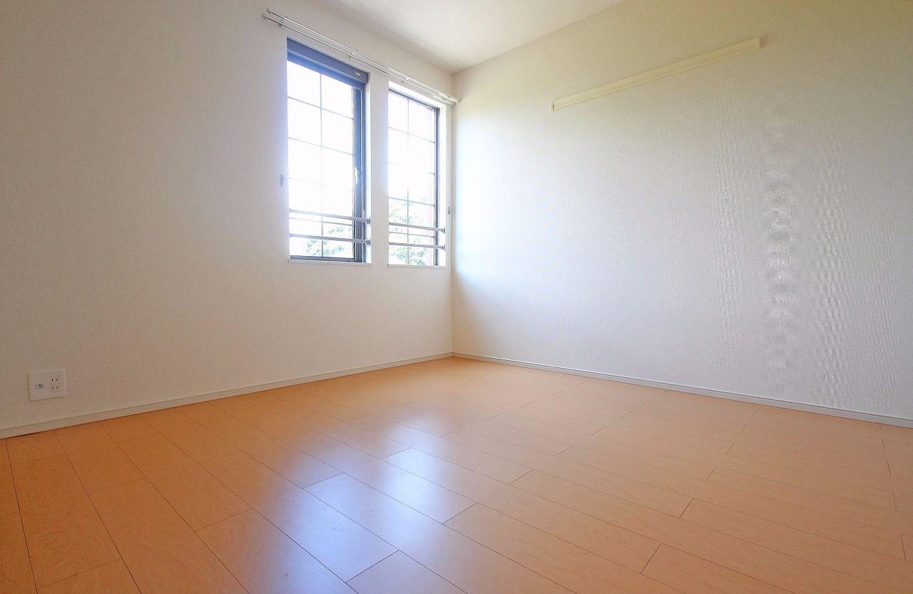 ヤマモト地所の西内 姫乃がご紹介する賃貸アパートのグランド・ソレイユ 202の内観の14枚目
