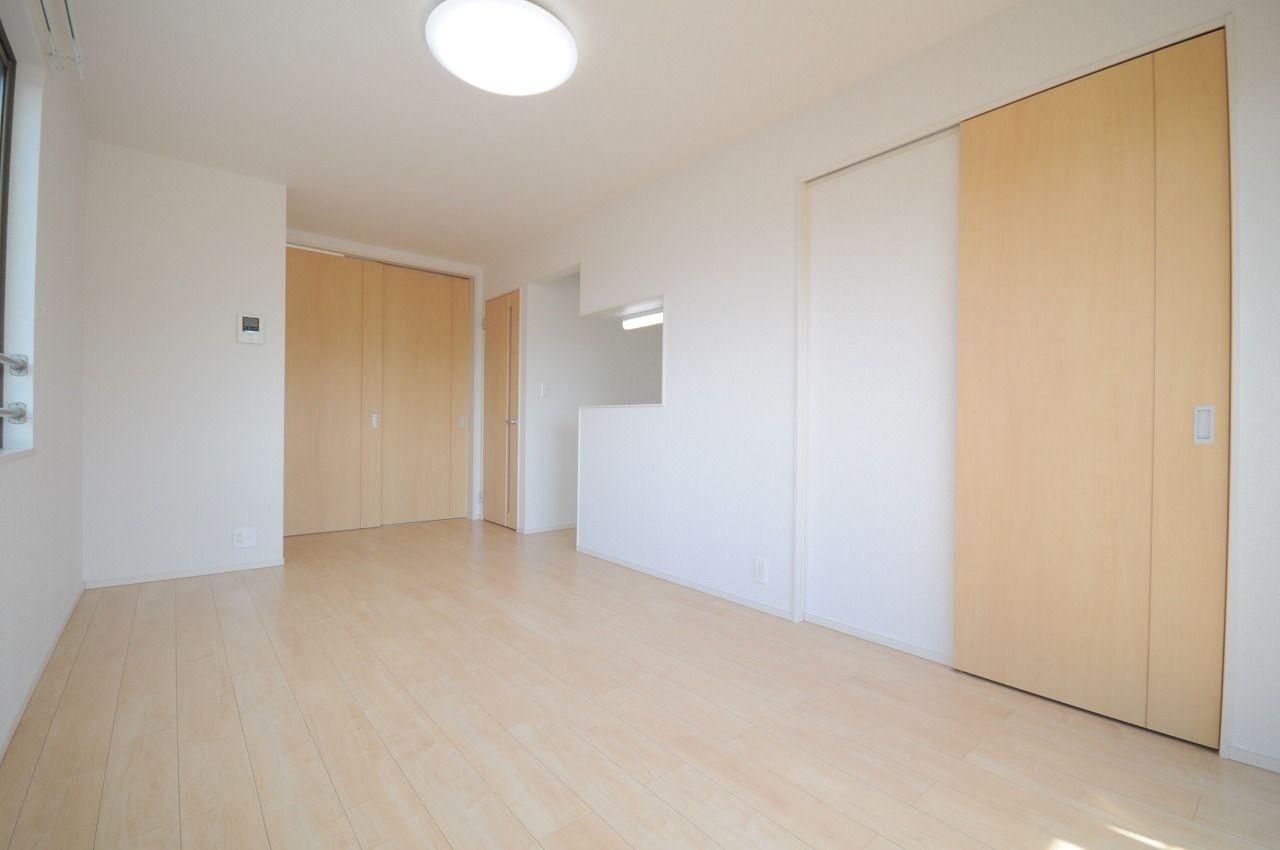 ヤマモト地所の賃貸アパートのエテルノフェイバー古津賀 302の内観の10枚目
