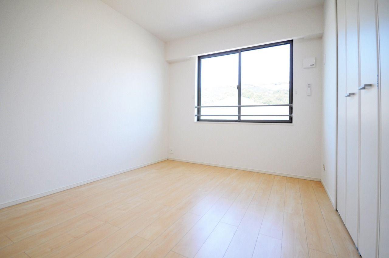 ヤマモト地所の賃貸アパートのエテルノフェイバー古津賀 302の内観の15枚目
