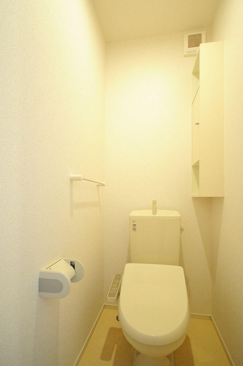 ヤマモト地所の賃貸アパートのエテルノフェイバー古津賀 302の内観の7枚目