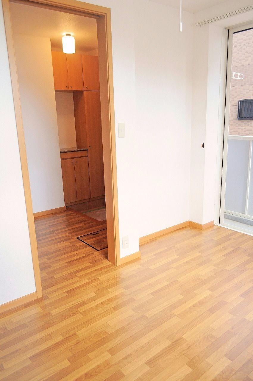 ヤマモト地所の夕部 大輔がご紹介する賃貸アパートのカーサ・フィオーレB 101の内観の3枚目