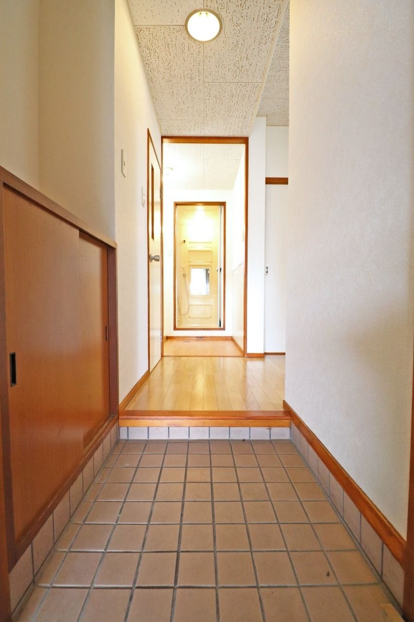 ヤマモト地所の夕部 大輔がご紹介する賃貸マンションの夕陽ヶ丘ハイツ 401の内観の1枚目