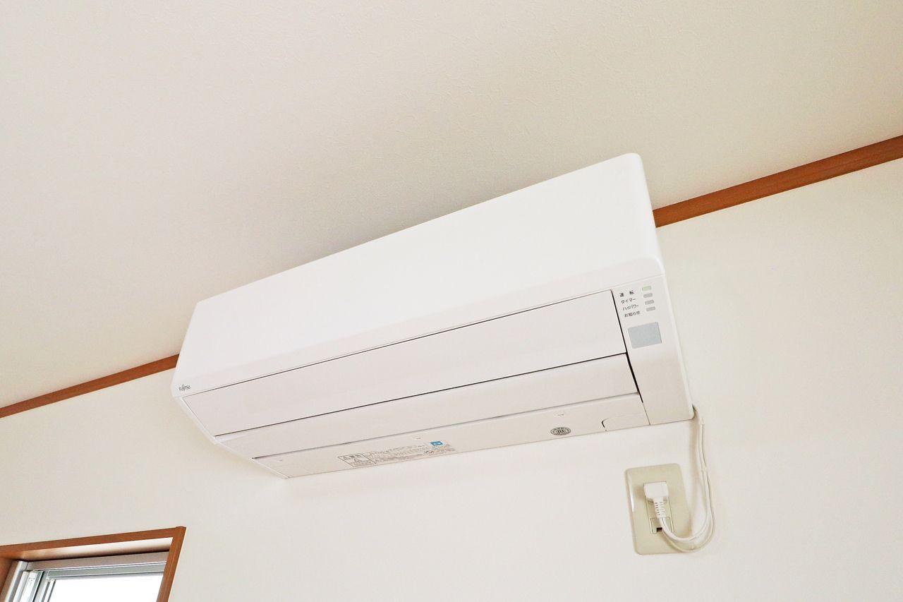 どのお部屋でも快適に過ごせるように、エアコンを全室に取り付けられています。