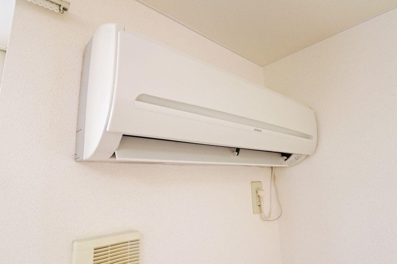 エアコンが2台分設備として付けられています。わざわざ用意しなくて済むのは嬉しいですよね。