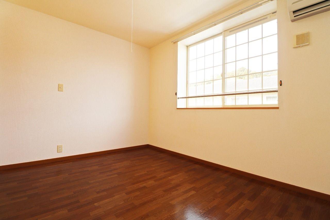 ヤマモト地所の西内 姫乃がご紹介する賃貸アパートのカーサ・フィオーレB 203の内観の36枚目