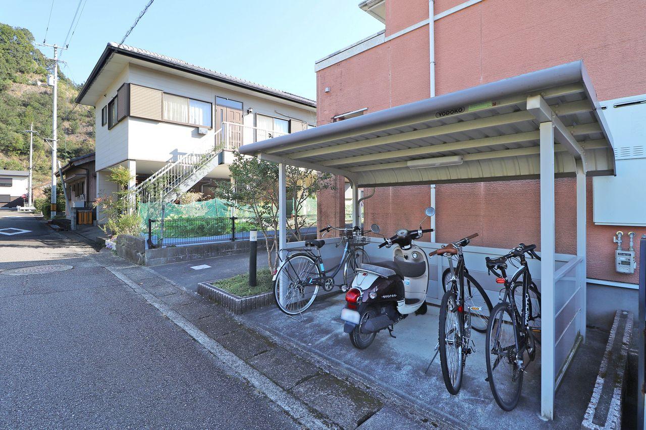 自転車をお持ちの方は、こちらをご利用ください。