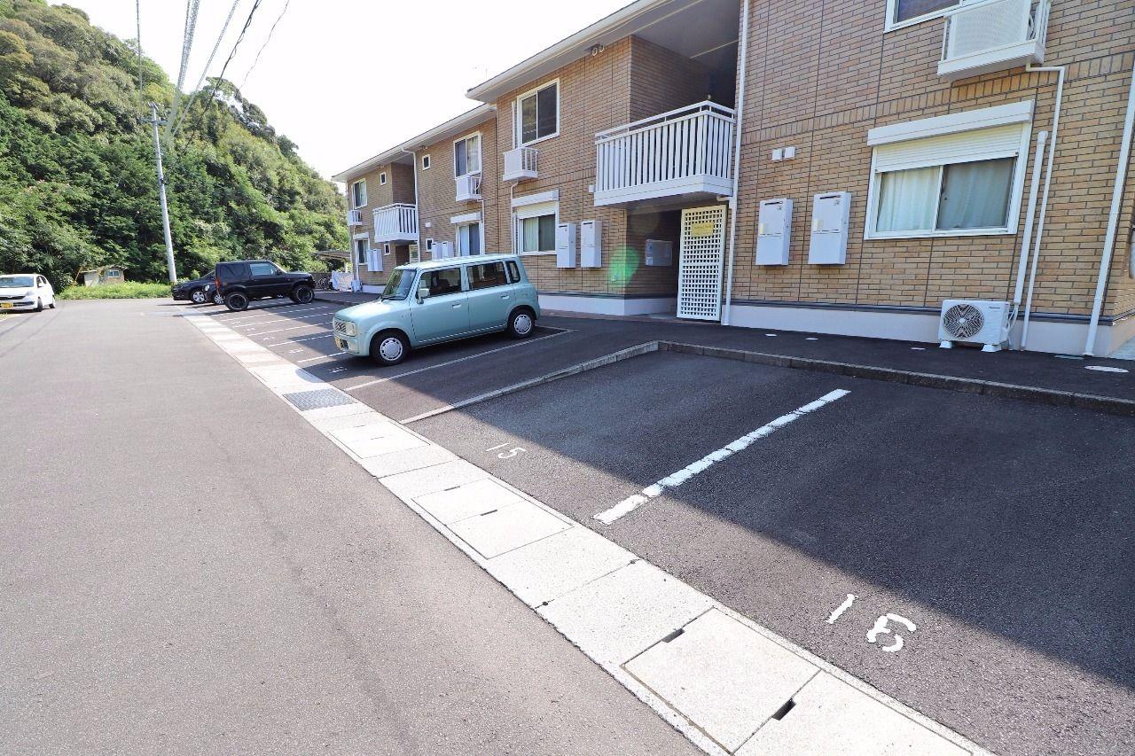 ヤマモト地所の長岡 優がご紹介する賃貸アパートのメゾン・リラB 102の外観の3枚目