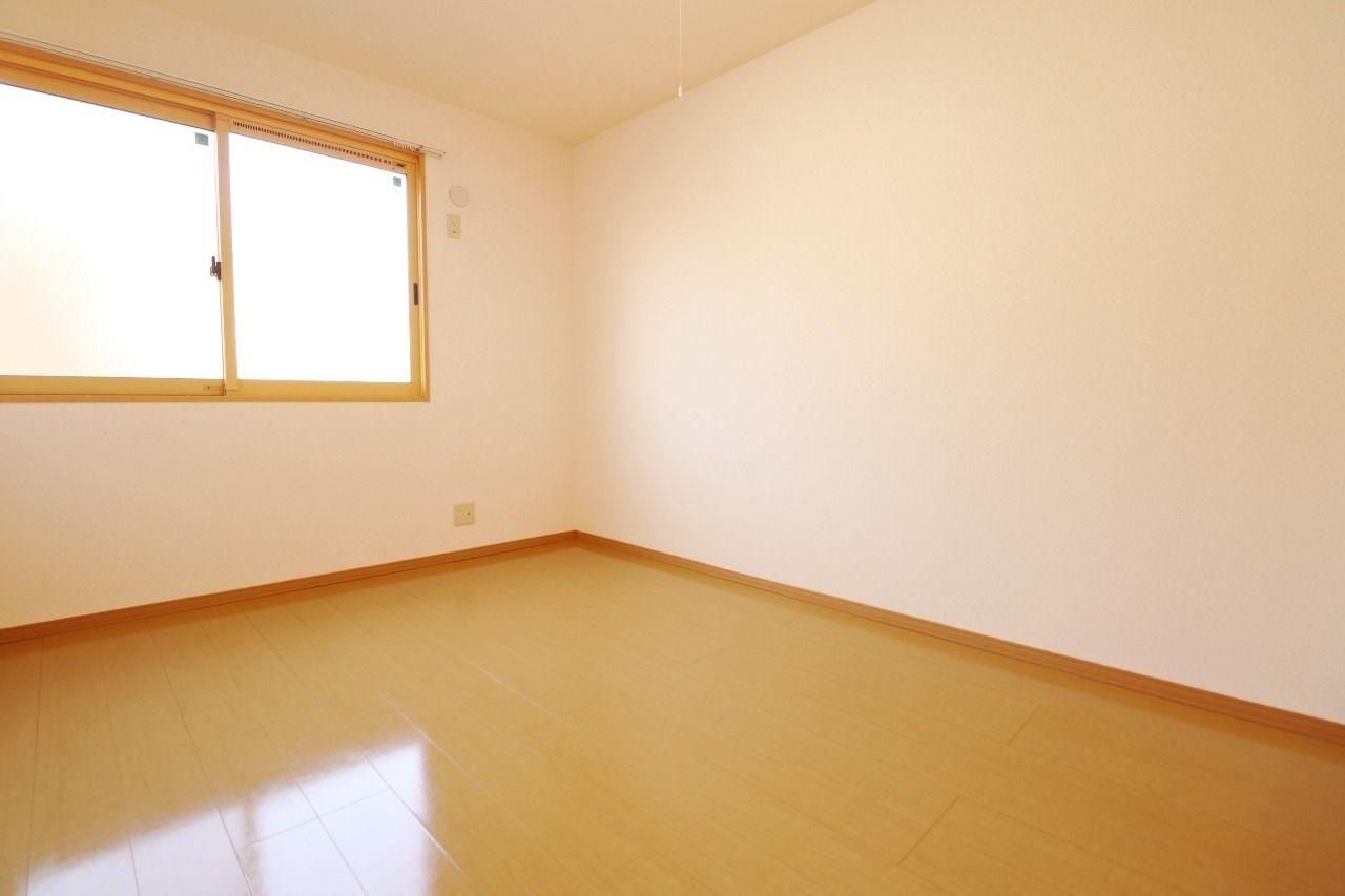 ヤマモト地所の西内 姫乃がご紹介する賃貸アパートのプレミール 102の内観の30枚目
