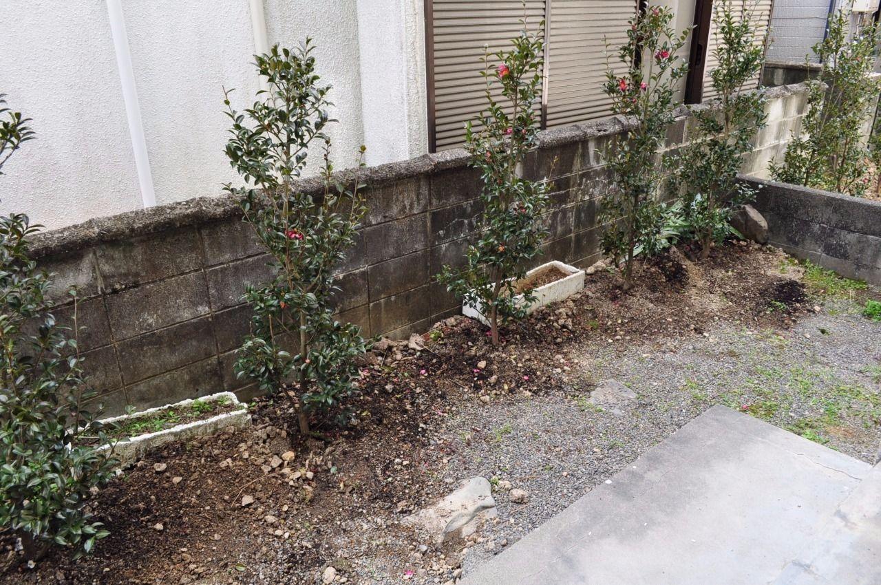 ガーデニング・物置としてなど。住む人によって自由に使える専用庭。