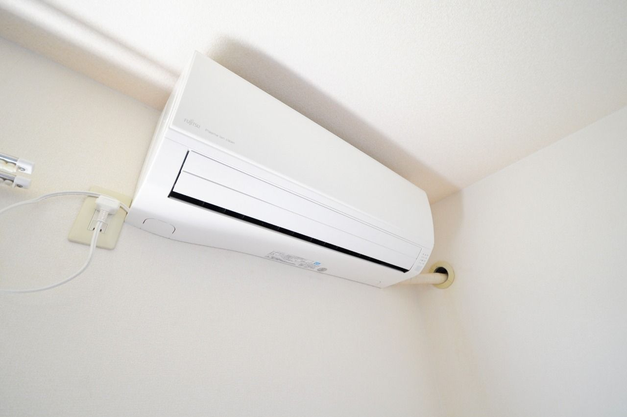 エアコンを設置しています。夏の暑いや冬の寒い日にご利用下さい。