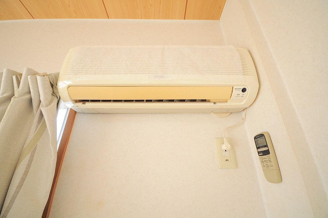 エアコンももちろんあります。意外と退去のときの処分に困るエアコンも設備だと嬉しいですね。
