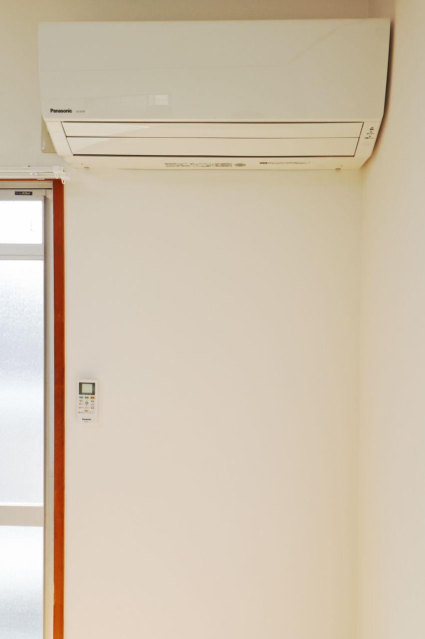 自分で買うとかなり痛い出費になるエアコン。でも夏は必須と言っても過言ではない!そんなエアコンが設備としてLDKと和室に設置されるようになりましたよー!これはかなり嬉しいですよね♪