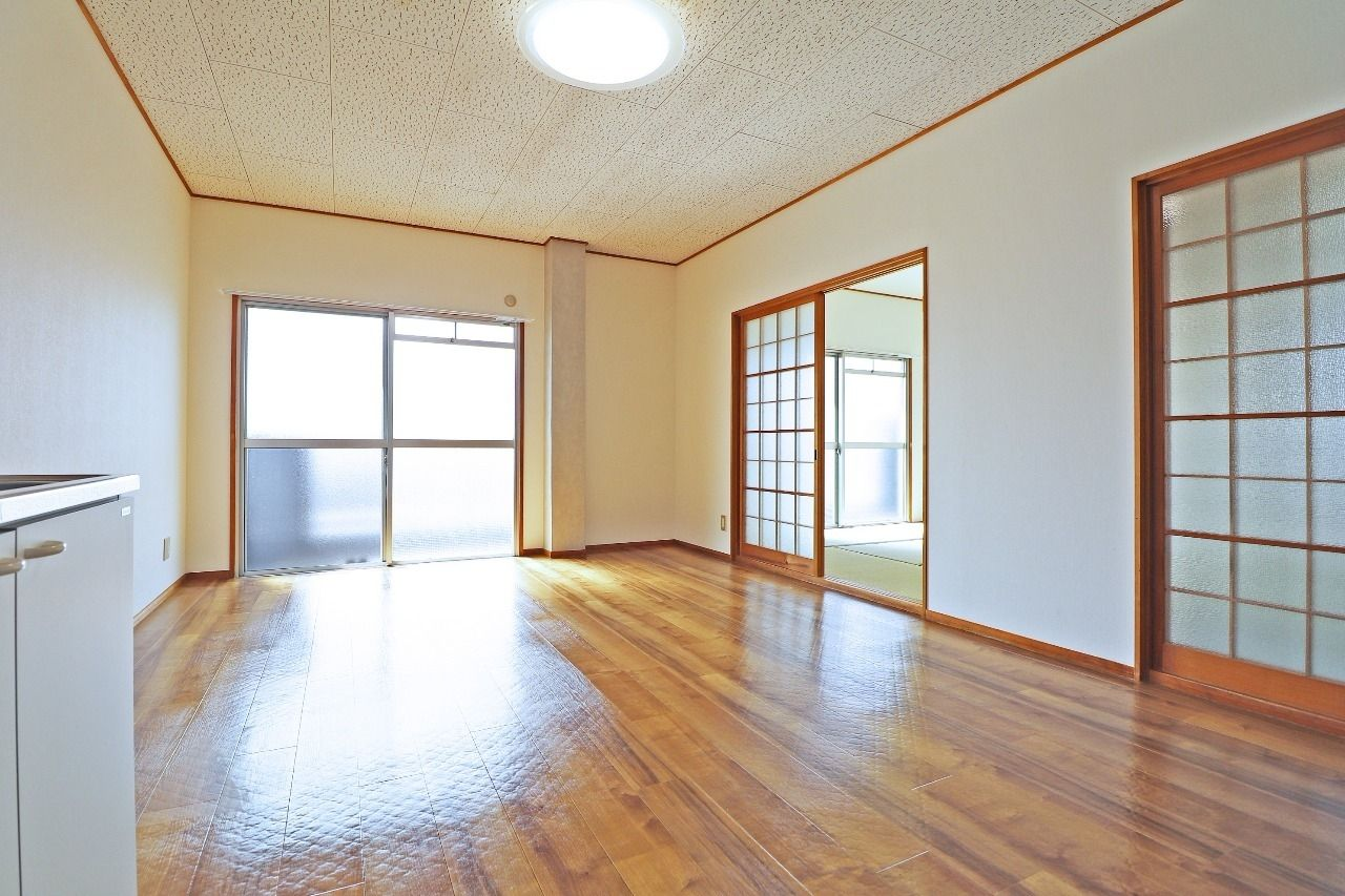 ヤマモト地所の西内 姫乃がご紹介する賃貸マンションの松本コーポ 302の内観の4枚目