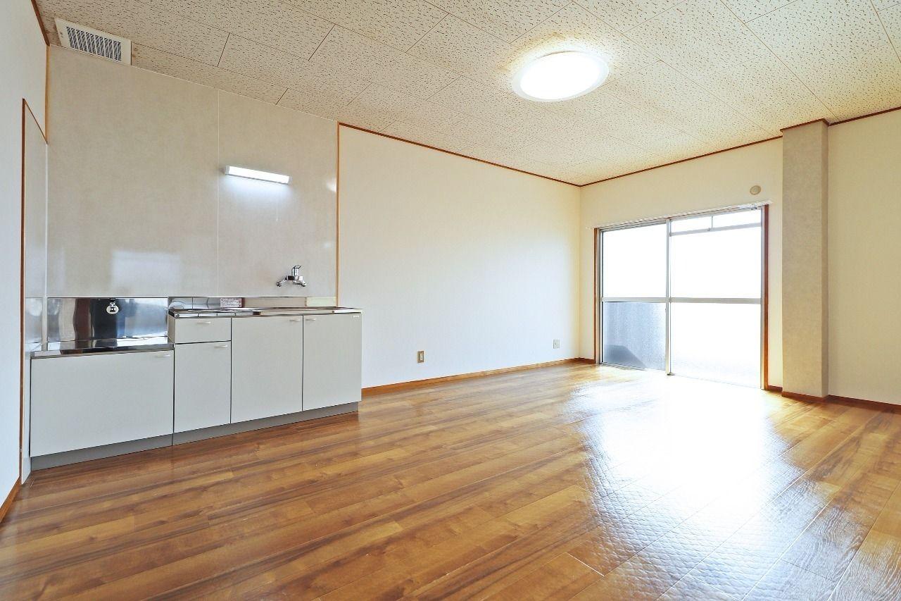 ヤマモト地所の西内 姫乃がご紹介する賃貸マンションの松本コーポ 302の内観の3枚目