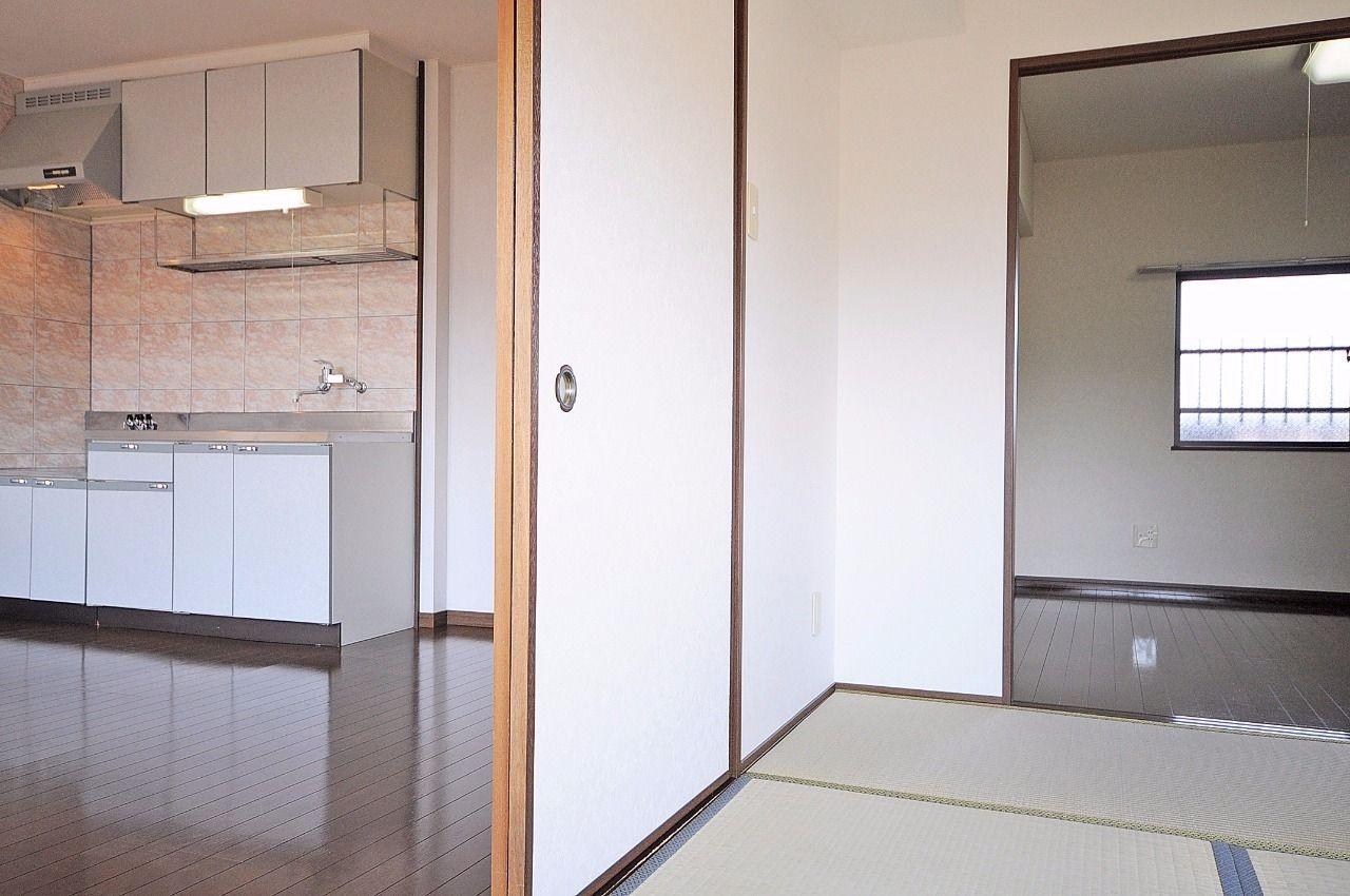 全ての部屋が纏まっており、単独で使うのは勿論・セットで広々と使うことができます。