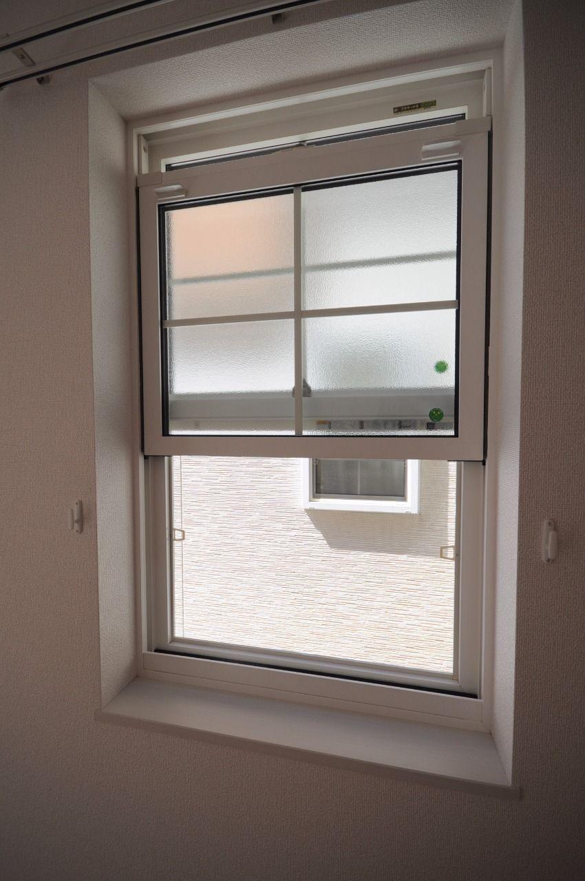 ちょっと変わった窓が付いています。実際に見てもらいたいです。