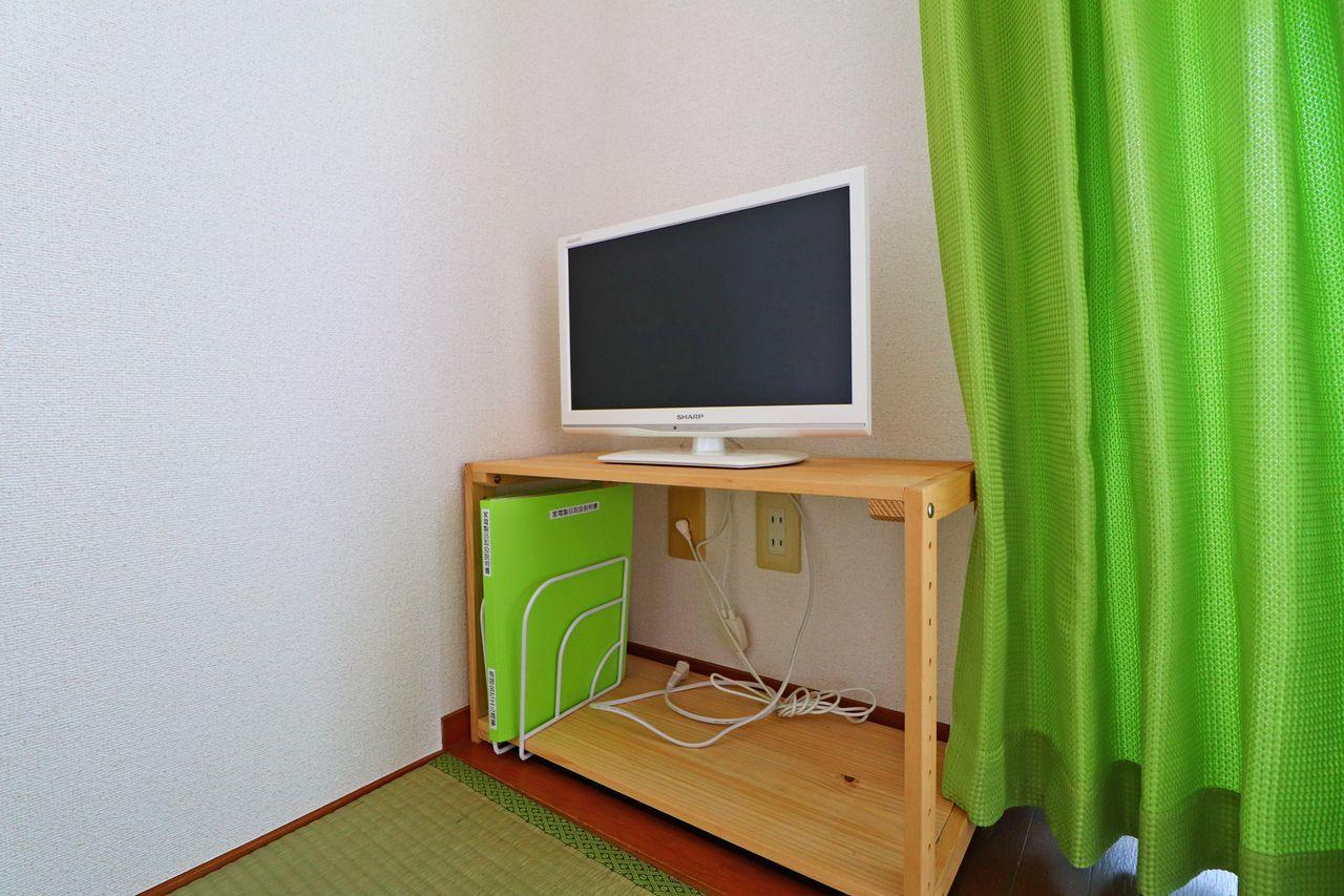 単身赴任のためだけにテレビを1台買うのももったいない。けど無いと暮らしが味気ない。そんな方も安心、テレビ付きです♪
