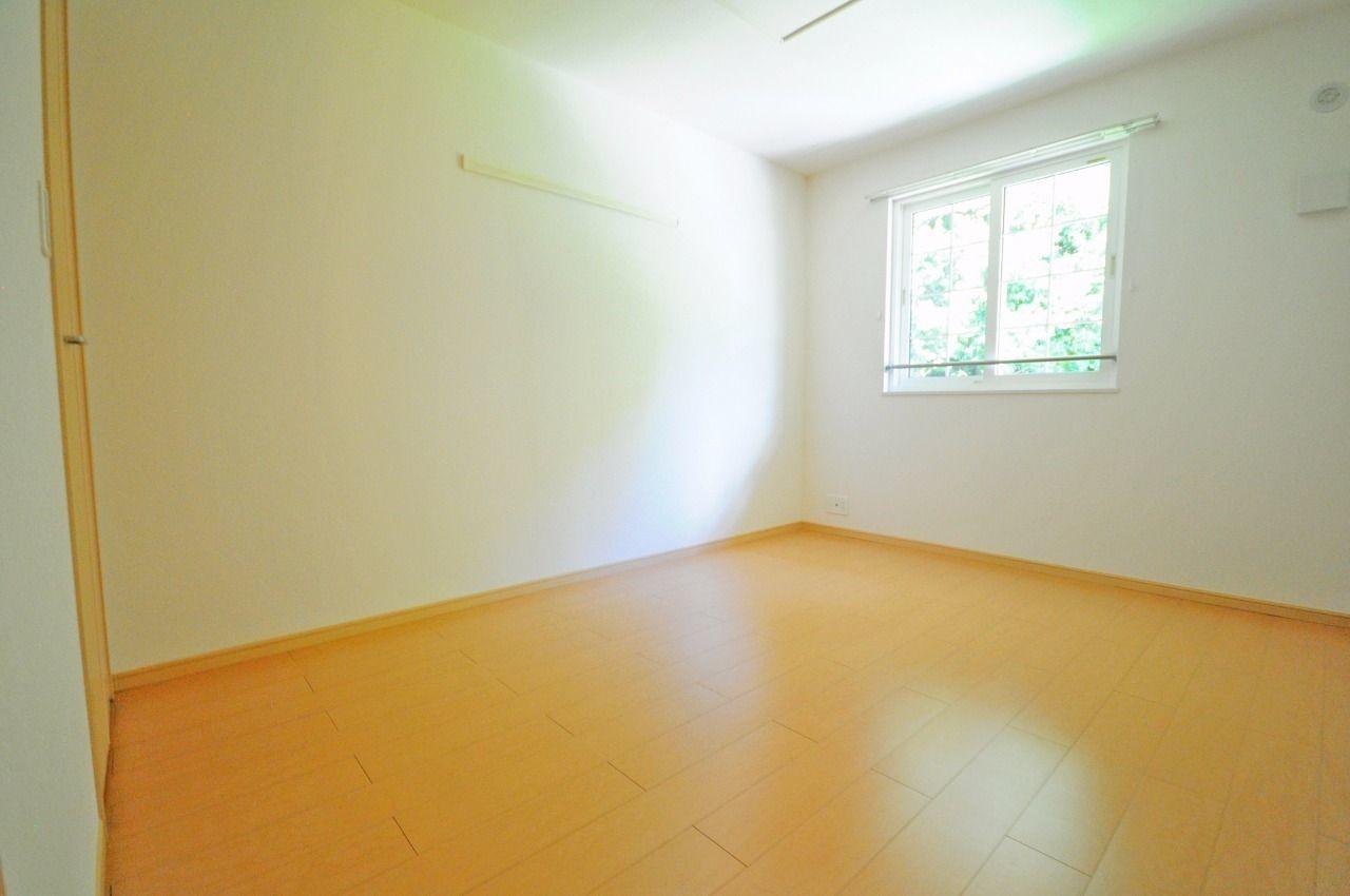ヤマモト地所の長岡 優がご紹介する賃貸アパートのミニョン・ブローテ 203の内観の34枚目