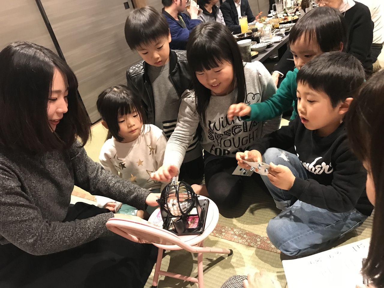 子ども達も大盛り上がりのビンゴゲーム大会