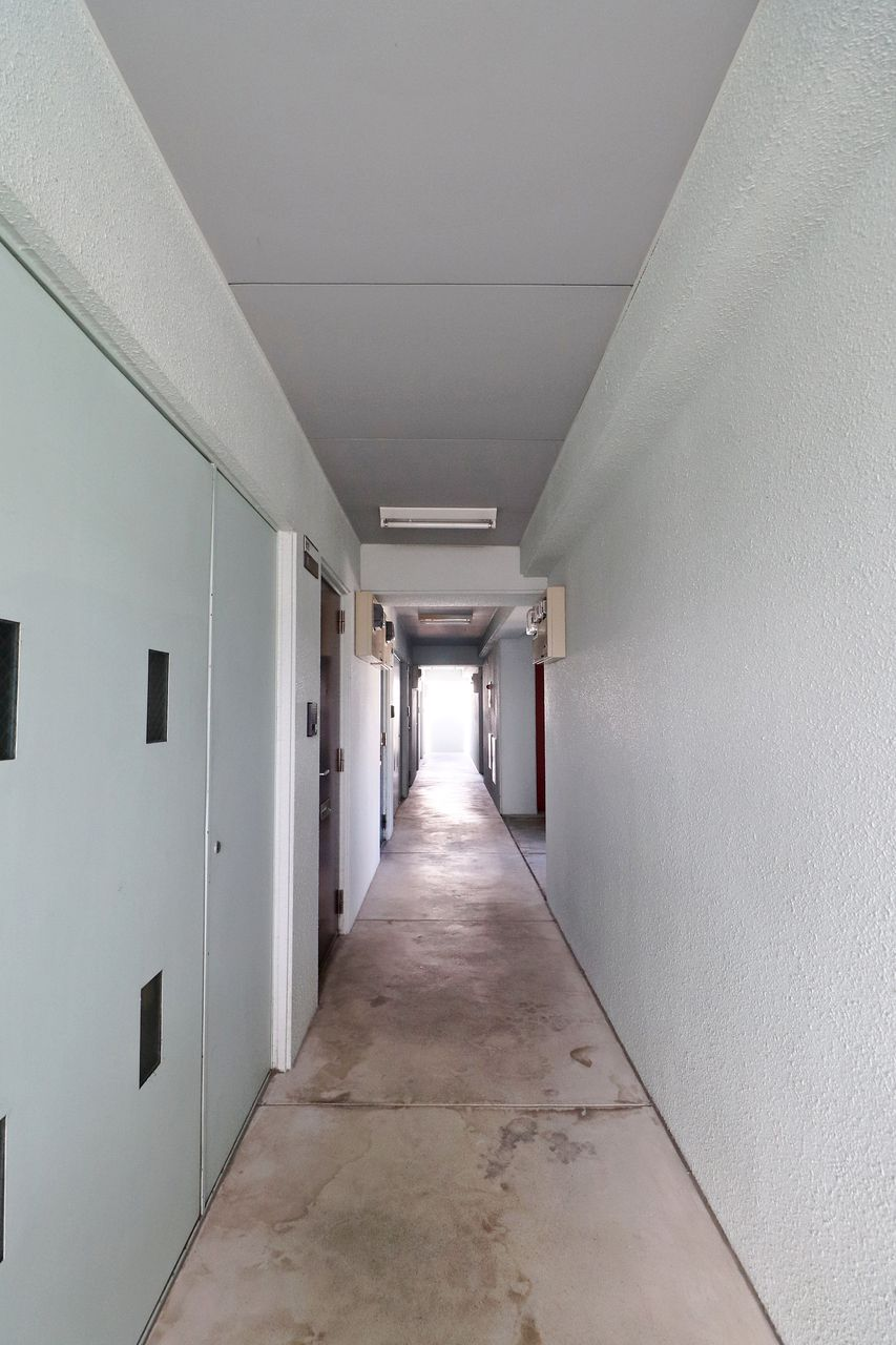 エルパレス 共用廊下